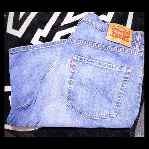 Levi's shorts 569